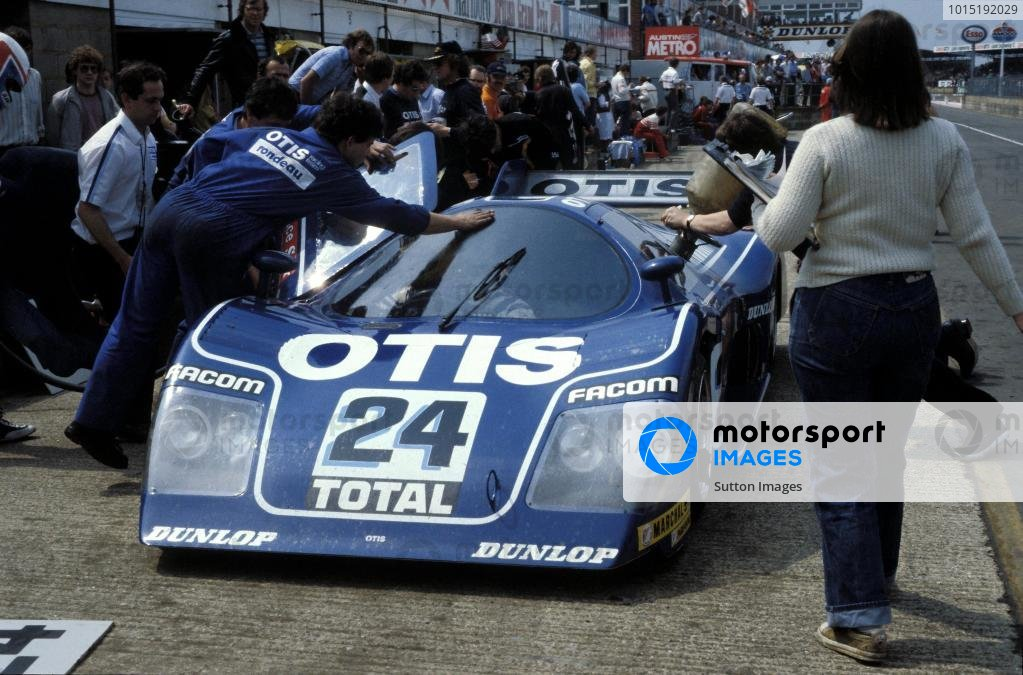 Jean Rondeau (FRA) / Francois Migault (FRA) Rondeau Ford M482 makes a pitstop.World Sports Prototype Championship, Rd2, Silverstone 6 Hours, England, 16 May 1982.