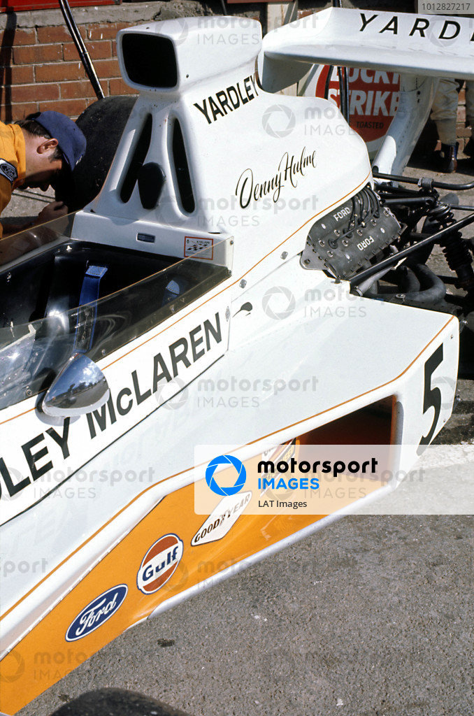 1973 South African Grand Prix.Kyalami, South Africa. 3 March 1973.Denny Hulme (McLaren M23-Ford), 5th position.World Copyright: LAT Photographicref: 35mm Transparency Image