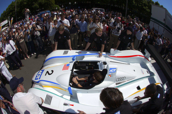 2004 Le Mans 24 HoursLe Mans, France. 8th June 2004The Audi R8 of JJ Lehto, Marco Werner and Emanuele Pirro, arrives at the track.World Copyright: John Brooks/LAT Photographicref: Digital Image Only