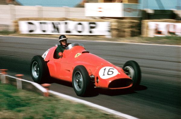 Aintree, England.14-16 July 1955.Mike Hawthorn (Ferrari 625) 6th position shared with Eugenio Castellotti.Ref-55 GB 08.World Copyright - LAT Photographic
