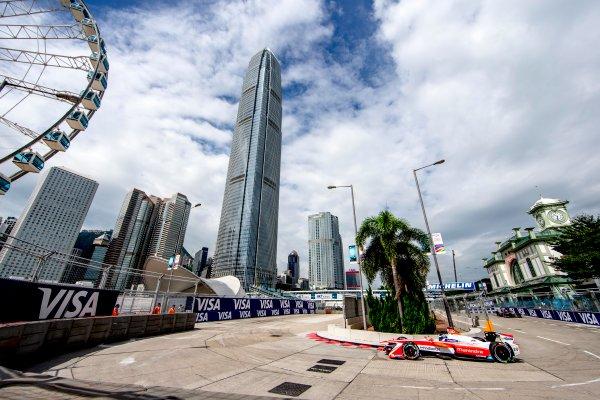 2016/2017 FIA Formula E Championship. Hong Kong ePrix, Hong Kong, China. Sunday 9 October 2016. Nick Heidfeld (GER), Mahindra Racing, Spark-Mahindra, Mahindra M3ELECTRO.  Photo: Zak Mauger/LAT/Formula E ref: Digital Image _L0U1236