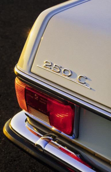 Mercedes-Benz 250 Coupe