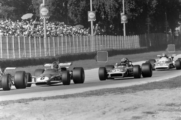 Ignazio Giunti, Ferrari 312B leads François Cevert, March 701 Ford and Jean-Pierre Beltoise, Matra MS120.