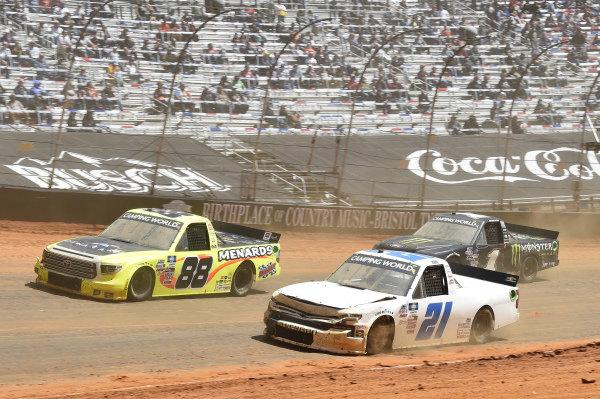 #21: Zane Smith, GMS Racing, Chevrolet Silverado GMS Racing, #88: Matt Crafton, ThorSport Racing, Toyota Tundra ThorSport Racing