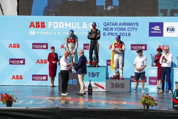 Jean-Eric Vergne (FRA), TECHEETAH, Renault Z.E. 17, wins, followed byLucas Di Grassi (BRA), Audi Sport ABT Schaeffler, Audi e-tron FE04, and Daniel Abt (GER), Audi Sport ABT Schaeffler, Audi e-tron FE04.