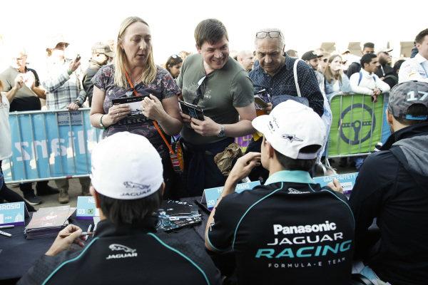 Nelson Piquet Jr. (BRA), Panasonic Jaguar Racing, and Mitch Evans (NZL), Panasonic Jaguar Racing, signs autographs
