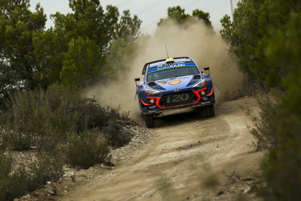 Andreas Mikkelsen, Hyundai Motorsport, Hyundai i20 Coupé WRC 2018, in action on Day 2 of Rally Catalunya, Spain.