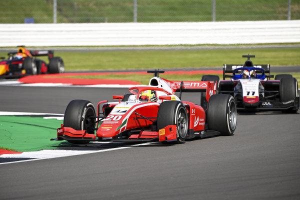 Mick Schumacher (DEU, PREMA RACING), leads Louis Deletraz (CHE, CHAROUZ RACING SYSTEM)