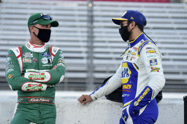 Kevin Harvick, Stewart-Haas Racing Ford Hunt Brothers Pizza, Chase Elliott, Hendrick Motorsports Chevrolet NAPA Auto Parts, Copyright: Jared C. Tilton/Getty Images.