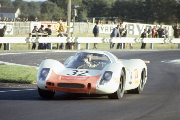 Le Mans, France. 28-29 September 1968.Vic Elford/Gerhard Mitter (Porsche 908), retired.World Copyright: LAT PhotographicRef: 68LM32