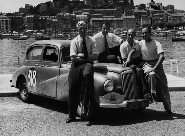 Cannes, France. 11th - 16th July 1952. Mike Hawthorn, Stirling Moss, John Cutts, 'Chips' Chipperton,(Sunbeam - Talbot 90), 1st position, portrait. World Copyright: LAT Photographic. Ref: Autocar Used Pic 18th August Pg. 230