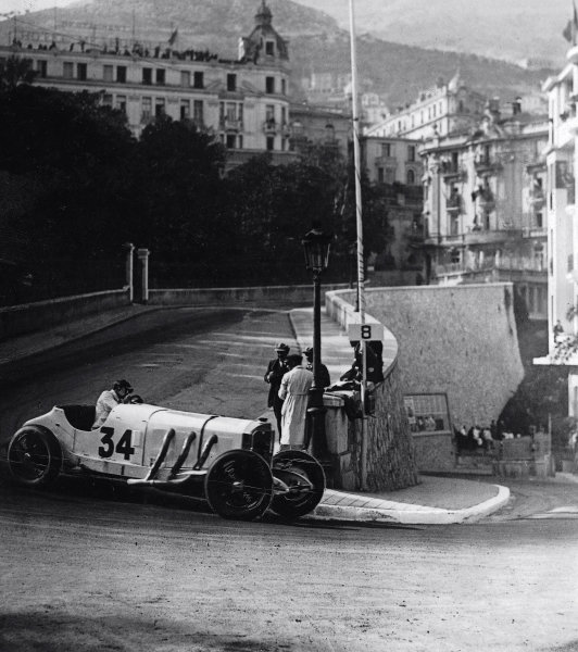 Monte Carlo. 14 April 1929.Rudolf Caracciola (Mercedes-Benz SSK), 3rd position. Published-Autocar 19/4/1929 p795.World Copyright - LAT Photographic