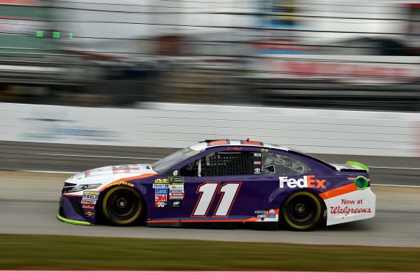 Monster Energy NASCAR Cup Series First Data 500 Martinsville Speedway, Martinsville VA USA Saturday 28 October 2017 Denny Hamlin, Joe Gibbs Racing, FedEx Walgreens Toyota Camry World Copyright: Scott R LePage LAT Images ref: Digital Image lepage-171028-mart-3676