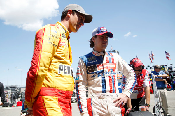 Monster Energy NASCAR Cup Series Federated Auto Parts 400 Richmond Raceway, Richmond, VA USA Friday 8 September 2017 Ryan Blaney, Wood Brothers Racing, Motorcraft/Quick Lane Tire & Auto Center Ford Fusion Joey Logano, Team Penske, Shell Pennzoil/Red Cross Ford Fusion World Copyright: Matthew T. Thacker LAT Images