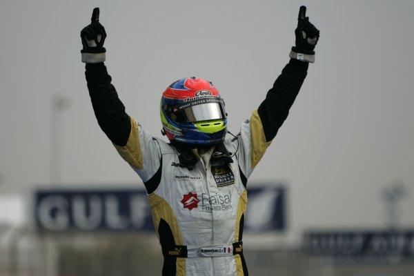2008 GP2 Asia Series. Saturday Race.Bahrain International Circuit. Sakhir, Bahrain. 5th April. Romain Grosjean (FRA, ART Grand Prix) celebrates victory. World Copyright: Alastair Staley/GP2 Series Media Service. Service ref:__MG_3543 jpg