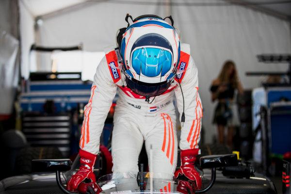2017 FIA Formula 2 Round 4. Baku City Circuit, Baku, Azerbaijan. Friday 23 June 2017. Nyck De Vries (NED, Rapax)  Photo: Zak Mauger/FIA Formula 2. ref: Digital Image _56I6593