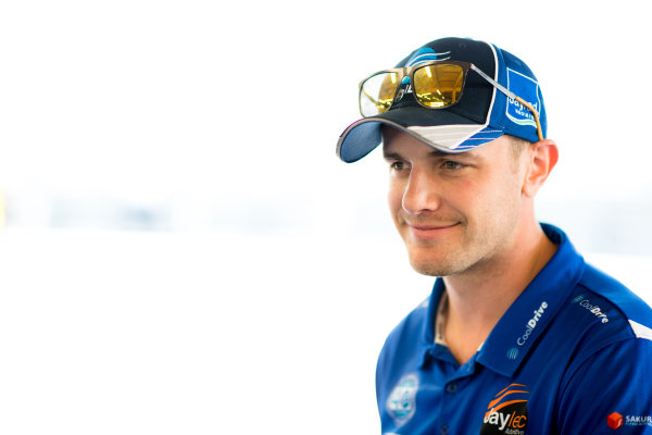 2017 Supercars Championship Round 6.  Darwin Triple Crown, Hidden Valley Raceway, Northern Territory, Australia. Friday June 16th to Sunday June 18th 2017. Tim Blanchard driver of the #21 CoolDrive Racing Holden Commodore VF. World Copyright: Daniel Kalisz/LAT Images Ref: Digital Image 160617_VASCR6_DKIMG_0095.JPG