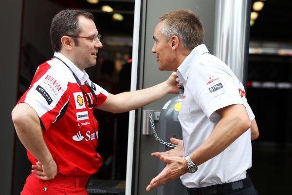 (L to R): Stefano Domenicali (ITA) Ferrari General Director talks with Martin Whitmarsh (GBR) McLaren Chief Executive Officer.Formula One World Championship, Rd 2, Australian Grand Prix, Race Day, Albert Park, Melbourne, Australia, Sunday 28 March 2010.