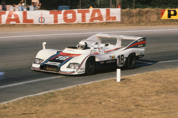 Le Mans, France. 12 - 13 June 1976 Reinhold Joest/Jurgen Barth (Porsche 936), retired, action. World Copyright: LAT PhotographicRef: 76LM41.