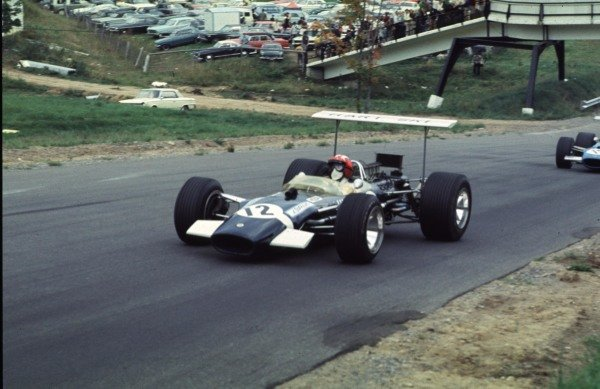 1968 Canadian Grand Prix.Mont-Tremblant, (St. Jovite), Quebec, Canada.20-22 September 1968.Jo Siffert (Lotus 49B Ford) leads Johnny Servoz-Gavin (Matra MS10 Ford).Ref-68 CAN 49.World Copyright - LAT Photographic