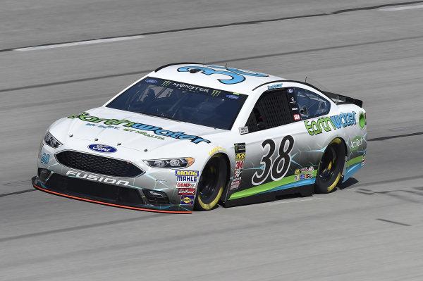 #38: David Ragan, Front Row Motorsports, Ford Fusion Earthwater