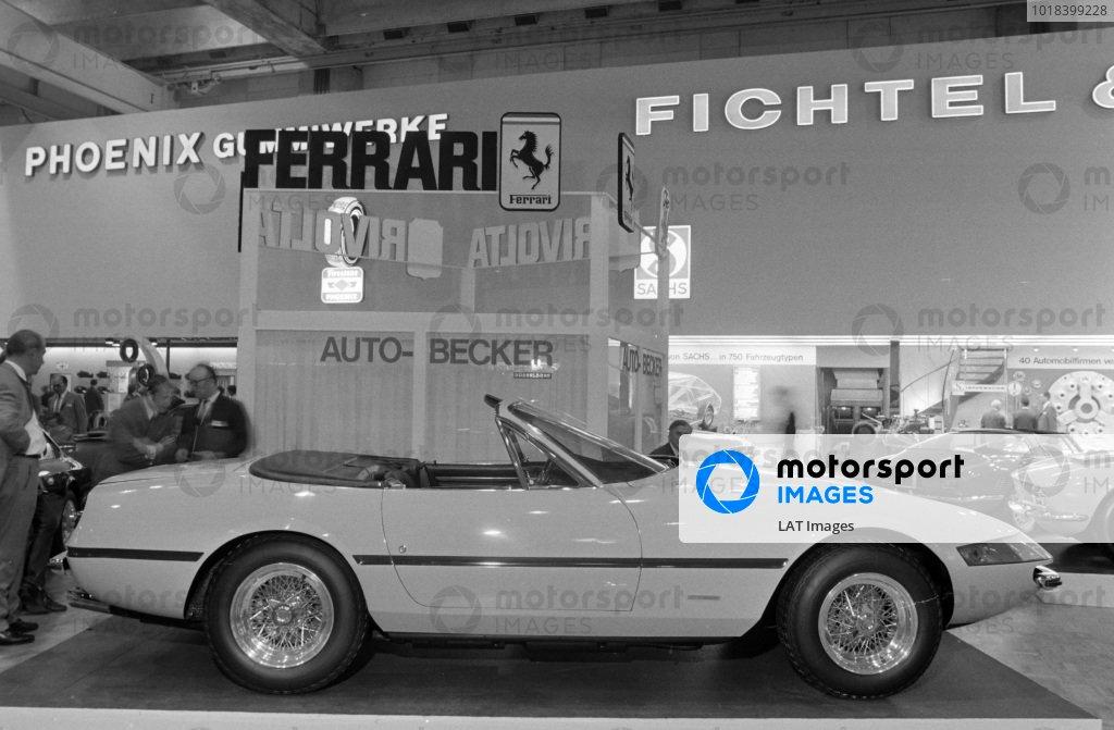 Ferrari Daytona Spider.