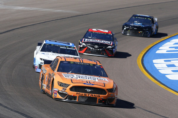 #32: Corey LaJoie, Go FAS Racing, Ford Mustang Schluter and #00: Landon Cassill, Manscaped Racing, Chevrolet Camaro Iron Mountain Data Centers
