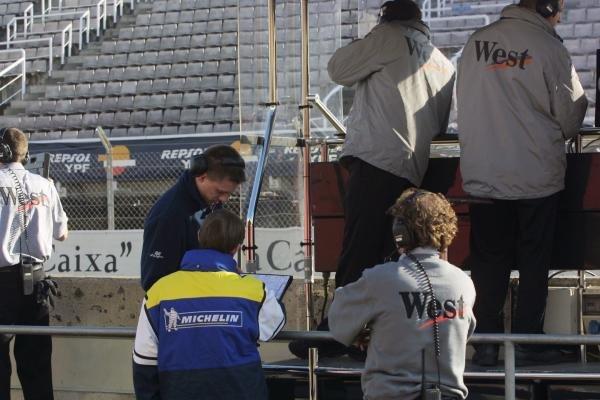 The McLaren team are now working with MichelinFormula 1 Testing, 8 January 2002, Barcelona, Spain, Circuit de Catalunya.DIGITAL IMAGE