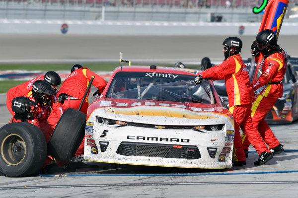 2017 NASCAR Xfinity Series - Boyd Gaming 300 Las Vegas Motor Speedway - Las Vegas, NV USA Saturday 11 March 2017 Michael Annett pit stop World Copyright: Nigel Kinrade/LAT Images ref: Digital Image 17LAS1nk05900