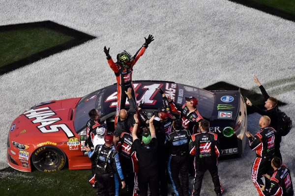 2017 NASCAR Monster Energy Cup Series - Daytona 500 Daytona International Speedway, Daytona Beach, FL USA Sunday 26 February 2017 Kurt Busch celebrates his win World Copyright: Nigel Kinrade/LAT Images  ref: Digital Image 17DAY2nk13934