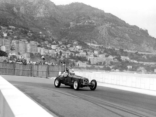 1950 Monaco Grand Prix.Monaco, Monte Carlo. 21st May 1950.Bob Gerard (ERA A-type). Ref-C26725.World Copyright: LAT Photographic