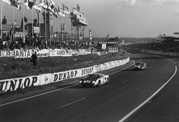 Le Mans, France. 20th - 21st June 1964.