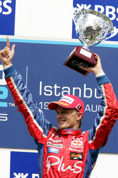 Istanbul Park, IstanbulSunday Race 2Winner Heikki Kovalainen ( fin, Arden) Podium Copyright: GP2 Series Media Service ref: Digital Image Only