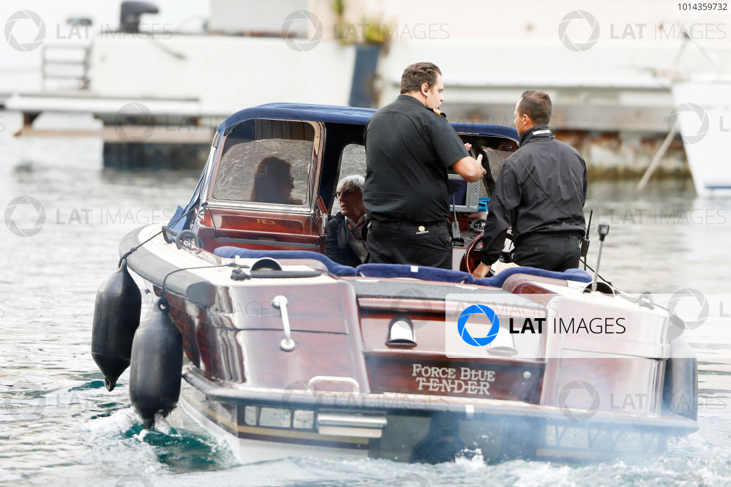 Monte Carlo, Monaco. Thursday 21 May 2015. Bernie Ecclestone, CEO and President, FOM and his wife get a lift in a boat. World Copyright: Charles Coates/LAT Photographic. ref: Digital Image _J5R9879
