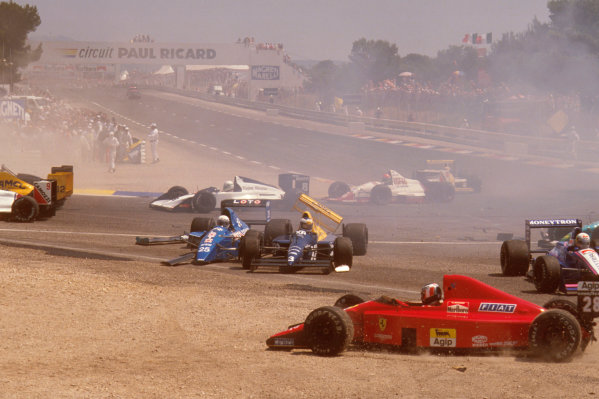 Paul Ricard, Le Castellet, France.7-9 July 1989.The aftermath of Mauricio Gugelmin's huge crash on the start of the race at Epingle Ecole.Ref-89 FRA 11.World Copyright - LAT Photographic