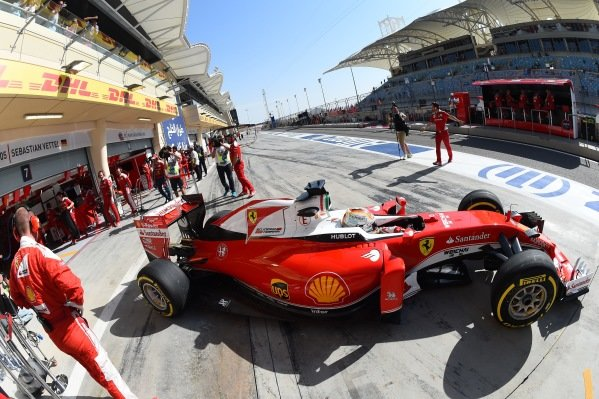 Sebastian Vettel (GER) Ferrari SF16-H at Formula One World Championship, Rd2, Bahrain Grand Prix Qualifying, Bahrain International Circuit, Sakhir, Bahrain, Saturday 2 April 2016.