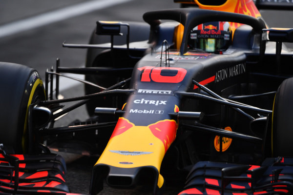 Pierre Gasly, Red Bull Racing RB14 nose