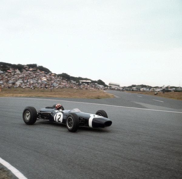 East London, South Africa.30/12/64-1/1/1965.Jo Siffert (Brabham BT11 BRM) 7th position.Ref-3/1504.World Copyright - LAT Photographic