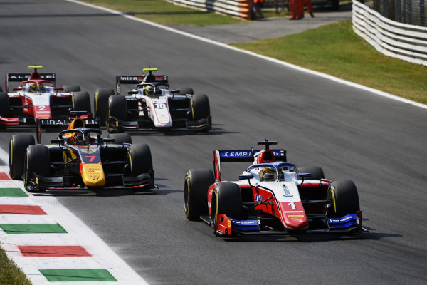 Robert Shwartzman (RUS, Prema Racing), leads Liam Lawson (NZL, Hitech Grand Prix), Theo Pourchaire (FRA, ART Grand Prix), and Oscar Piastri (AUS, Prema Racing)