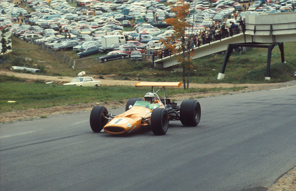 1968 Canadian Grand Prix.Mont-Tremblant, (St. Jovite), Quebec, Canada.20-22 September 1968.Denny Hulme (McLaren M7A Ford) 1st position.Ref-68 CAN 20.World Copyright - LAT Photographic