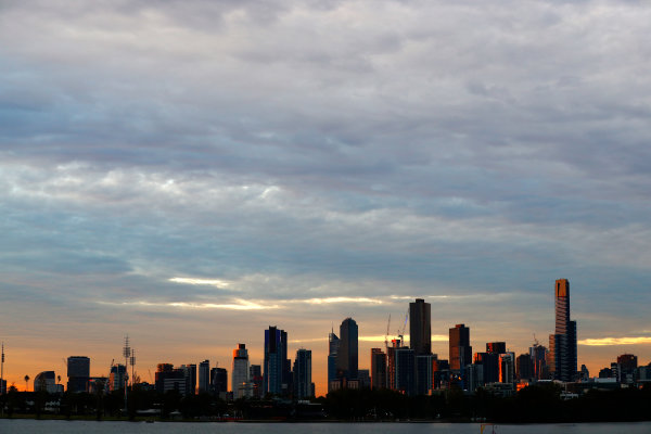 Albert Park, Melbourne, Australia. Friday 24 March 2017. The Melbourne skyline. World Copyright: Sam Bloxham/LAT Images ref: Digital Image _J6I1862