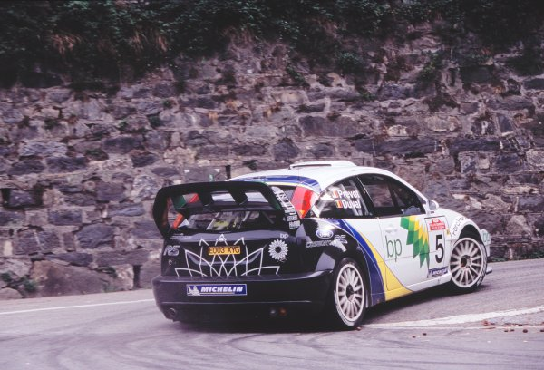 2003 World Rally ChampionshipRally of San Remo, Italy. 2nd - 5th October 2003.Francois Duval / Stephane Prevot, Ford Focus RS_WRC 03, Hairpin, Wall, Accelerating. Action.World Copyright: McKLEIN/LATref: 35mm Image WRCSANREMO08 jpg
