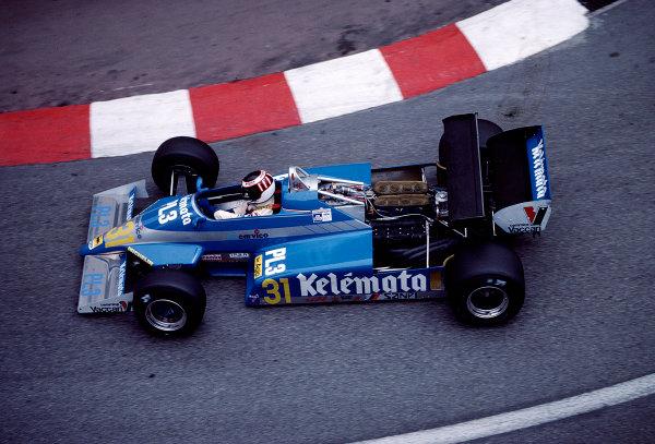 1983 Monaco Grand Prix.Monte Carlo, Monaco.12-15 May 1983.Corrado Fabi (Osella FA1D Ford).Ref-83 MON 50.World Copyright - LAT Photographic
