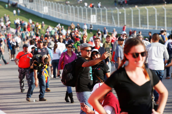 Circuit of the Americas, Austin, Texas, United States of America. Sunday 2 November 2014. Fans celebrate after the race. World Copyright: Charles Coates/LAT Photographic. ref: Digital Image _N7T5544