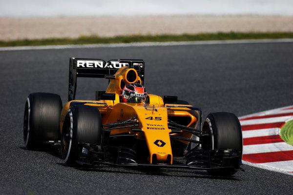 Circuit de Catalunya, Barcelona, Spain. F1 testing Day 1. Tuesday 17 May 2016. Esteban Ocon, Renault RE16.  Photo: Sam Bloxham/LAT Photographic. ref: Digital Image _L4R2154