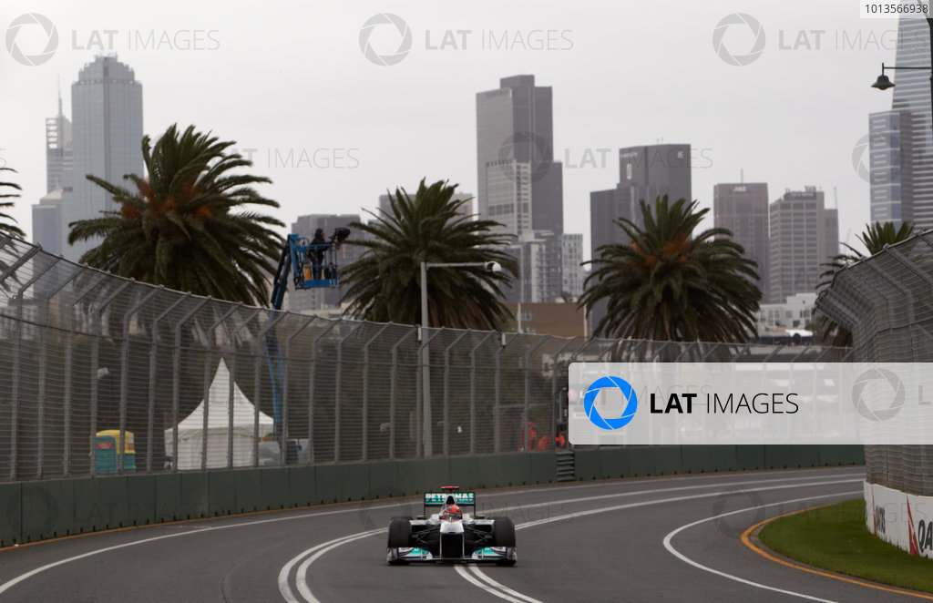 2011 Australian Grand Prix - Friday