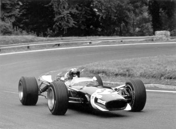 1968 French Grand Prix.Rouen-les-Essarts, France. 7 July 1968.Jo Siffert, Lotus 49-Ford, 11th position, action.World Copyright: LAT PhotographicRef: 2049 #5A