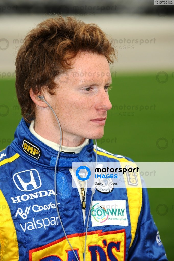 Mike Conway (GBR) Dreyer & Reinbold Racing. IndyCar Series, Rd15, Peak Anti Freeze 300, Chicagoland Speedway, Joliet, Illinois, USA, 29-30 August 2009.