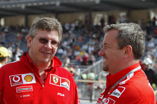 2004 Monaco Grand Prix - Thursday Practice, Monaco. 20th May 2004 Ross Brawn (Technical Director) with Nigel Stepney (Race Technical manager), portrait.World Copyright: Steve Etherington/LAT Photographic ref: Digital Image Only