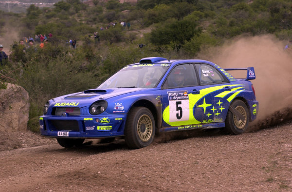 2001 World Rally Championship. ArgentinaMay 3rd-6th, 2001Richard Burns in pursuit of the leaders on stage five.Photo: Ralph Hardwick/LAT